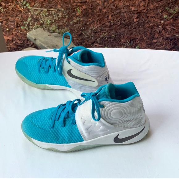 Kyrie Irving Shoes   Nike K Irving Blue